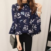 Flare Sleeve Chiffon Shirt Women Vintage Floral Print Blouses Shirts Autumn Fashion Tops Blusas Casual Style Shirs