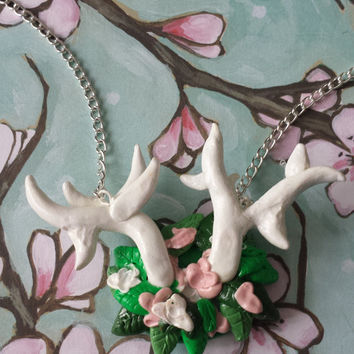 Necklace,Horn,Nature,Deers,Reindeers,Animal,Flower,Leaf,Chain,Horn,Weed,white Horn,Clay,Fimo