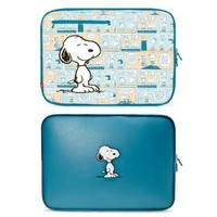 iLuv Peanuts Sleeves for MacBook 13-Inch (Snoopy) (iBP2113SBLU)