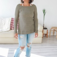 FINDING FALL TOP - LIGHT OLIVE