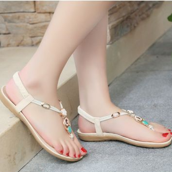 New  Flat Sandals Female Summer Beaded Bohemia Clip Toe Beach Shoes