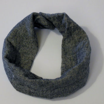 Black and Grey Fine Herringbone Scarf Bib  for Babies Size 4 months-12 months