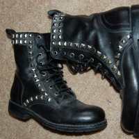 Frye Rogan Studded Black Leather Lace Up Combat Boots 7.5 EUC