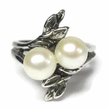 Vintage Sterling Leaf Twin Pearl Ring Size 5.5