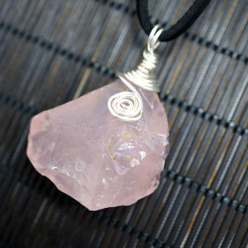 Wrapped Raw Rose Quartz Necklace, Genuine Rose Quartz Necklace, Raw Stone Necklace, Wrapped Gemstone Necklace, Chakra stone Healing Necklace