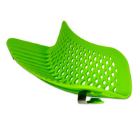 Epoca Kitchen Extras™ Silicone Clip-on Kitchen Strainer in Green