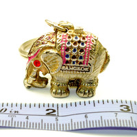 Nice Estate 1 pcs NOS and/or Vintage Secret OPEN Chamber Pill Box Mesh Unique Gold Metal ELEPHANT Key Chain Ring Home Decor Charm Collection