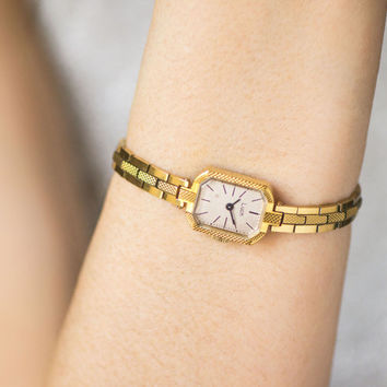 Gold plated woman watch bracelet, lady's watch Ray, rectangular women's watch, cocktail watch, gold jewelry watch gift her, mid size wrist