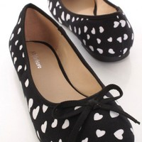 Black Canvas Heart Print Bow Tie Accent Flats @ Amiclubwear Flats Shoes online store:Women's Casual Flats,Sexy Flats,Black Flats,White Flats,Women's Casual Shoes,Summer Shoes,Discount Flats,Cheap Flats,Spring Shoes,Cute Flats Shoes,Women's Flats Shoes,Sne