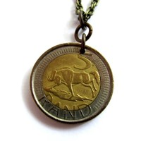 Coin Necklace, South Africa, Wildebeest, Afrika, 5 Rand 2005, Animal Pendant Jewelry by Hendywood