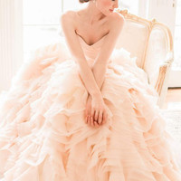 2016 New Arrival Luxury V Neck Blush Pink Colored Wedding Dresses Tiered Organza Bridal Gowns