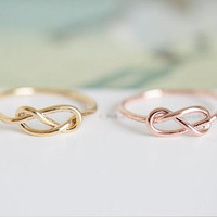 Knot ring, gold knot ring, rose knot ring, everyday ring, chic ring, delicate ring, simple ring, knuckle ring, midi ring, thin ring