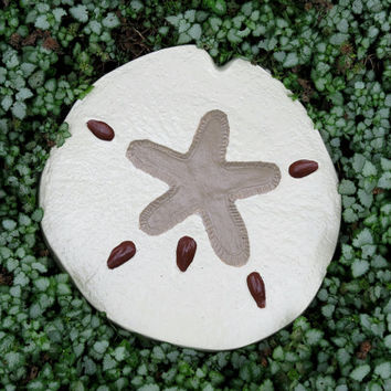 Sand dollar concrete wall hanging, yard art, garden decor, fence art, Ivory sand dollar, Star fish, Patio decor