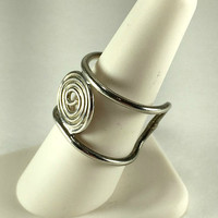 Modernist Spiral Ring, Adjustalbe, Unisex, Celtic Style, Minimalist Ring, Artisan Made, Swirl Ring, Celtic Knot Ring, Wrap Ring