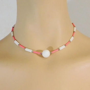 """Pink and White Bead Choker Necklace, Hippie Jewelry, 15"""", Lightweight Plastic Beads, Vintage Costume Jewelry, Boho Choker, Bohemian Necklace"""