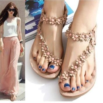 Zeagoo Women Bohemia Flower Beads Flip-flop Shoes Flat Sandals