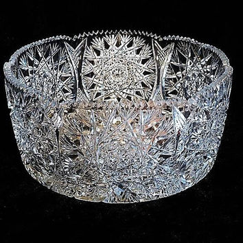 LARGE Cut Crystal Glass Bowl / Glass Centerpiece Bowl / Wedding Table Reception / Home Decor / Interior Decorator