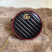 923 Gucci 550154 Embossing Duoble G Logo Leather Chain Canteen Bag Fashion Minaudiere Bag 18-18-5cm