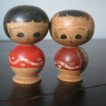 Vintage kokeshi dolls, Wooden Japanese Dolls, Traditional Japanese Dolls, Wobbly Head Dolls