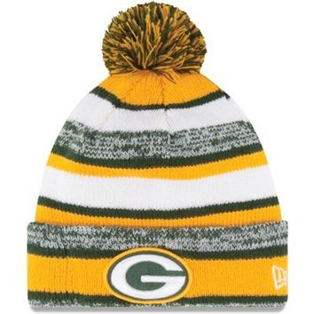 Mens Green Bay Packers New Era Gold On-Field Sport Sideline Cuffed Knit Hat