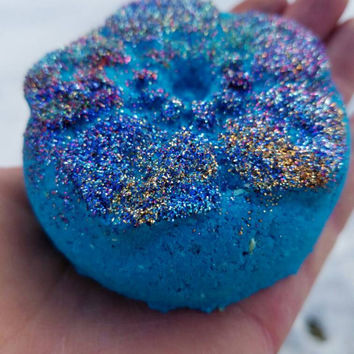 Little Beauty Sparkling Bath Bomb. Flower Bath Bombs. Glitter Bath Bombs. Etsy Bath Bombs. Bath Fizzies. Bath Bombs. Turquoise Bath Water.