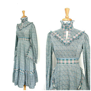 Vintage Gunne Sax Dress / 70s dress / prairie dress / gypsy clothing / country wedding / womens peasant dress / tea length / medium