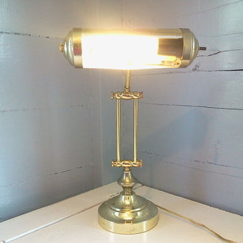 Vintage Art Deco Table or Desk Lamp