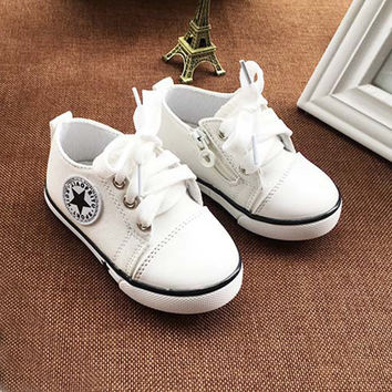 Breathable Baby Shoes Kids Canvas Shoes 0-3 Years Old Boys Shoes 3 Color Comfortable Girls Baby Sneakers Kids Toddler Shoes