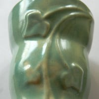 Vintage 1940's USA Pottery Green Glazed Wall Pocket with Art Nouveau Style Raised Ivy Design