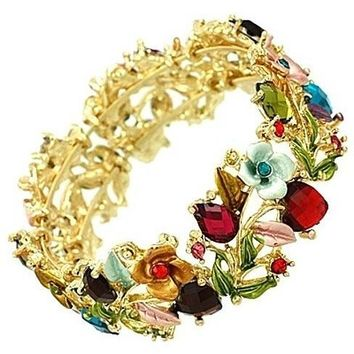 Vintage Floral Bangle in Gold