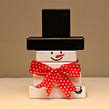 Snowman made out of wood blocks/HolidayDecoration/Winter Decoration