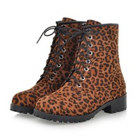 ZLYC Dr. Martens Women's Fashion Leopard Print Lace Up Boot