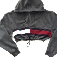 Reworked Tommy Flag Crop Hoody Charcoal