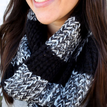 Infinity Scarf {Black and White}