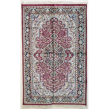 Oriental Jaipuri Indian Silk and Cotton Oriental Rug, Red/Ivory