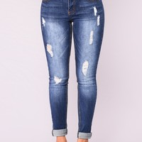 Xoe Mid Rise Jeans - Dark Wash