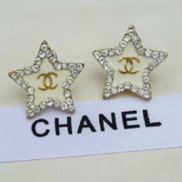 Chanel shining five-pointed star with rhinestone earrings