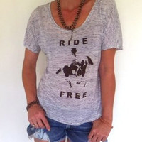RIDE FREE  -  Paint Horse Graphic  -  Brown Graphic on Off-White Open Neck Tee  -   Horse Lovers