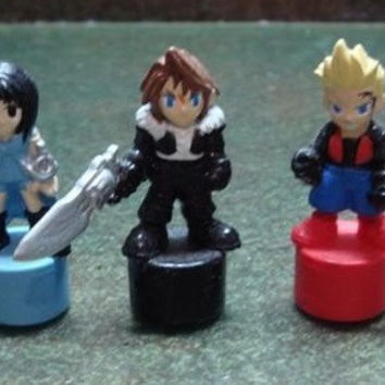 Authentic Final Fantasy VIII 8 Gashapon Capsule 5 Mini Trading Collection Pencil Figure Set
