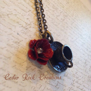 Tea/Coffee Cup Necklace With Metal Red Rose