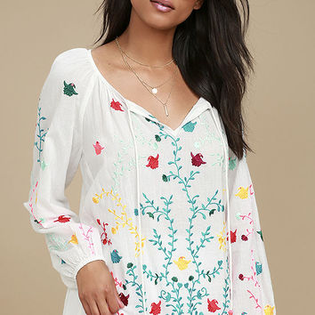 Maldives White Embroidered Long Sleeve Top