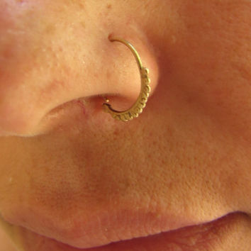 FREE SHIPPING 14k solid gold Indian style granulated hammered marriage nose ring: hippie wedding, bridal jewelry, hippie nose ring