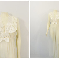 Vintage Dressing Gown Robe Ivory Satin Chiffon & Lace Cachet Bridal Lingerie Wedding Shower Gift Medium