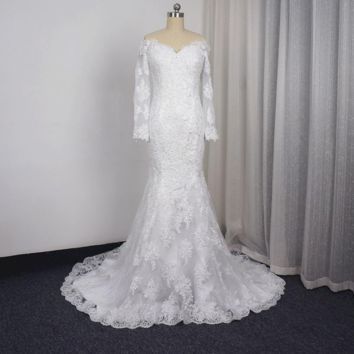 Three Quarter Sleeve Wedding Dresses Illusion Lace Back with Zipper Button Bridal Gown