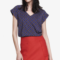 floral diamond v-neck rolled sleeve blouse from EXPRESS