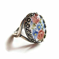 Floral Cameo Ring, Vintage Glass and Silver