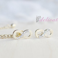 Tiny Infinite Chain Cartilage Earring / Cartilage Piercing Silver or Gold