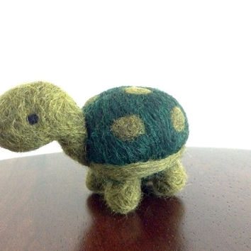 Needle Felted Turtle, Miniature Turtle, Felt Turtle, Wool Turtle, Felted Animal, Plush Turtle, Tiny Felt Animal, Felted Tortoise, Turtle Toy