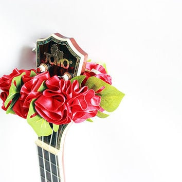 ukulele item  / Ribbon lei for ukulele / with monstera / ukulele gift /  ukulele accessories /