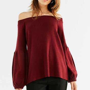Kimchi Blue Jules Off-The-Shoulder Sweater | Urban Outfitters